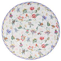 Тарелка керамическая Букингем, диаметр 23 см115510Керамическая тарелка Букингем станет достойным украшением вашего интерьера.Тарелка оформлена изображением цветочного узора. Тарелка - наиболее распространенный вид столовой посуды, именно ею мы чаще всего пользуемся во время приема пищи. Оригинальный рисунок поднимет настроение вам и вашим близким. Характеристики:Материал:керамика. Диаметр тарелки: 23 см. Производитель: Китай. Размер упаковки: 23 см х 23 см х 2,5 см. Артикул: IM35031-A218AL. Изделия торговой марки Imari произведены из высококачественной керамики, основным ингредиентом которой является твердый доломит, поэтому все керамические изделия Imari - легкие, белоснежные, прочные и устойчивы к высоким температурам. Высокое качество изделий достигается не только благодаря использованию особого сырья и новейших технологий и оборудования при изготовлении посуды, но также благодаря строгому контролю на всех этапах производственного процесса. Нанесение сверкающей глазури, не содержащей свинца, придает изделиям Imari превосходный блеск и особую прочность.Красочные и нежные современные декоры Imari - это результат профессиональной работы дизайнеров, которые ежегодно обновляют ассортимент и предлагают покупателям десятки новый декоров. Свою популярность торговая марка Imari завоевала благодаря высокому качеству изделий, стильным современным дизайнам, широчайшему ассортименту продукции, прекрасным подарочным упаковкам и низким ценам. Все эти качества изделий сделали их безусловным лидером на рынке керамической посуды.