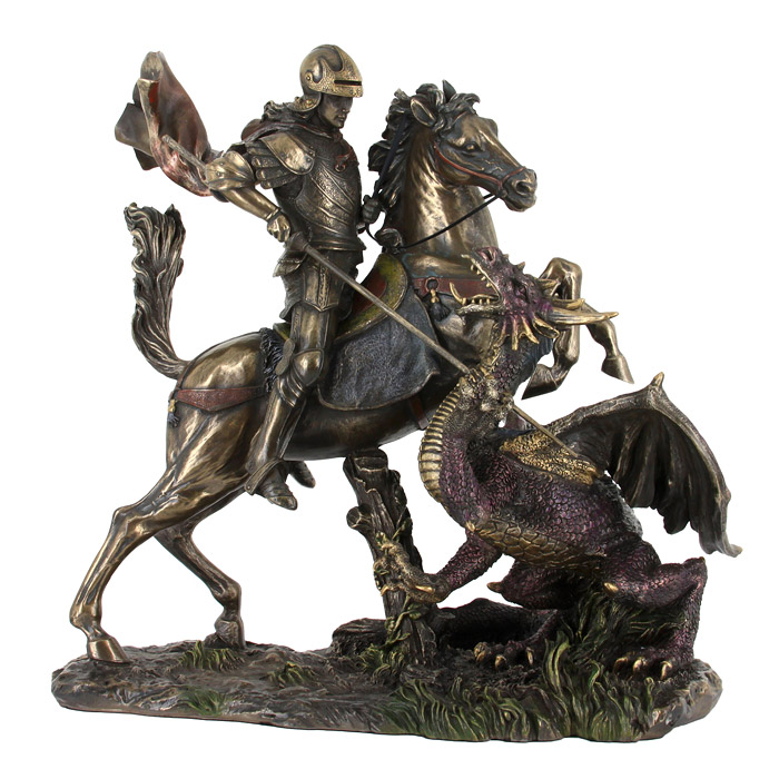 Статуэтка Святой Георгий и дракон26084Статуэтка Святой Георгий и дракон достойно украсит интерьер вашего дома или офиса. Статуэтка выполнена из полистоуна в виде Святого Георгия, сидящего на лошади и поражающего копьем дракона. Вы можете поставить статуэтку в любом месте, где она будет удачно смотреться, и радовать глаз. Также она может стать оригинальным подарком для всех любителей стильных вещей. Характеристики: Материал:полистоун. Размер: 25 см х 26 см х 15 см. Размер упаковки:35 см х 33,5 см х 19,5 см. Изготовитель:Китай. Veronese - это торговая марка, представляющая широкий ассортимент художественных изделий из полистоуна, выполненных итальянскими дизайнерами и художниками.Искусные мастера создают уникальные статуэтки и фигурки, которые призваны украсить вашу жизнь. Veronese позволит вам соприкоснуться с древними цивилизациями, окунуться в мир изящества и волшебства.