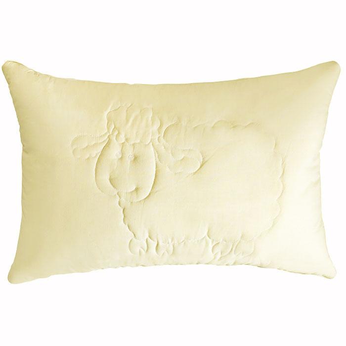 Подушка Dolly, 50 х 72 см02-V080/1Угадывая Ваши желания о комфортных постельных принадлежностях с лечебным эффектом, компания Primavelle создала двухкамерную подушку Dolly с художественной стежкой «Овечки». Внешний слой - натуральная высококачественная шерсть, известная с давних времен своими лечебными свойствами. Ланолин, который содержится в шерсти, успокаивает нервную систему, улучшает общее самочувствие. Внутренний слой - экологически чистый наполнитель Экофайбер™. Такое разделение позволяет подушке быть упругой, а не плоской, как обычно. Подушка Dolly принимает форму тела, что позволяет ортопедически правильно поддерживать позвоночник. Подушка Dolly подойдет всем, кто заботится о своем здоровье и ценит красоту изделия.(упаковка -сумка ПВХ)Характеристики:Материал чехла: 100% хлопок. Наполнитель: шерсть, экофайбер (полиэфирное волокно). Размер подушки: 50 см х 72 см. Производитель: Россия.Степень поддержки: 4.ТМ Primavelle - качественный домашний текстиль для дома европейского уровня, завоевавший любовь и признательность покупателей. ТМ Primavelleрада предложить вам широкий ассортимент, в котором представлены: подушки, одеяла, пледы, полотенца, покрывала, комплекты постельного белья. ТМ Primavelle- искусство создавать уют. Уют для дома. Уют для души.