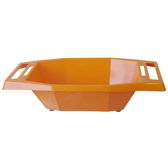 Миска для терки Borner, цвет: оранжевый 108108Судок - это удачное дополнение к любой овощерезке или терке Borner. С ним ваша работа будет намного эффективнее и гигиеничнее. С судком вам не придется собирать резаные овощи со стола и вытирать сок - все будет быстро, чисто и практично.Работая на овощерезке или терке именно с судком, вы получите настоящее удовольствие от приготовления пищи. Ручка судка имеют специальные прорези, в которых любая овощерезка и терка Borner крепится горизонтально и жестко. Судок изготовлен из пищевой пластмассы, устойчивой к воздействию уксуса и масла, поэтому в нем можно готовить и подавать на стол любые салаты. Характеристики: Материал: пластик. Размер судка по верхнему краю (без ручек): 25 см х 18 см. Размер судка по верхнему краю (с ручками):35 см х 18 см. Высота судка:8,5 см. Цвет:оранжевый. Производитель: Германия. Артикул: 108.