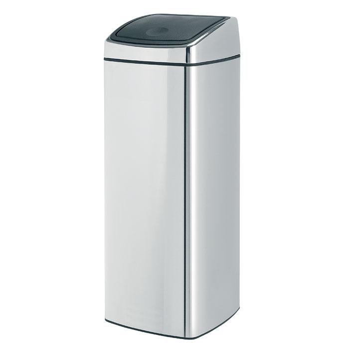 Мусорный бак Brabantia Touch Bin, прямоугольный, цвет: серебристый, 25 л531-401Ищите решение для рационального использования пространства в ванной комнате? Решение - прямоугольный Touch Bin на 25 литров. Поставить на пол или прикрепить к стене - решать вам! Бесшумное открывание/закрывание крышки легким касанием - система soft touch; Компактный бак - удобно устанавливается вплотную к стене или в угол; Может устанавливаться на пол или крепиться на стену - поставляется с крепежным кронштейном; Удобная очистка - прочное съемное внутреннее ведро из пластика; Широкое загрузочное отверстие и большая вместимость - идеально подходит для сбора пустых бутылок из-под шампуня; Всегда опрятный вид - идеально подходящие по размеру мешки для мусора с завязками (размер C); 10-летняя гарантия Brabantia.