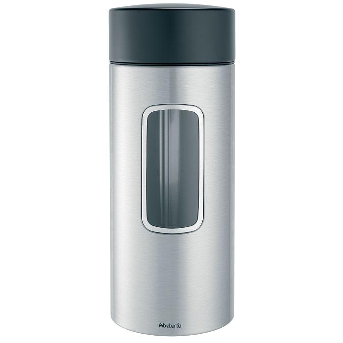 Банка для продуктов Brabantia 2,2 л 371844M966_желтый, прозрачныйВысокий цилиндрический контейнер вместимостью 2,2 литра отлично подойдет для хранения спагетти и других продуктов. Специальная защелкивающаяся крышка не пропускает запахи и позволяет дольше сохранять аромат и свежесть продуктов. Контейнер имеет гладкую внутреннюю поверхность и легко чистится; Прозрачное окошко из антистатических материалов, благодаря которому вы всегда знаете, что и в каком количестве содержится в каждом контейнере; Практичное решение для хранения макаронных изделий и других продуктов, позволяющее дольше сохранять их свежесть;Изготовлен из коррозионностойкой крашеной или лакированной стали с защитным цинкалюминиевым покрытием;Специальная защелкивающаяся не пропускающая запах крышка; Основание с защитным покрытием; 10-летняя гарантия Brabantia. Характеристики: Материал: нержавеющая сталь, пластик, акрил. Объем банки:2,2 л. Высота банки (без учета крышки):25 см. Диаметр банки:9,5 см. Производитель:Бельгия. Артикул:371844. Гарантия производителя: 5 лет.
