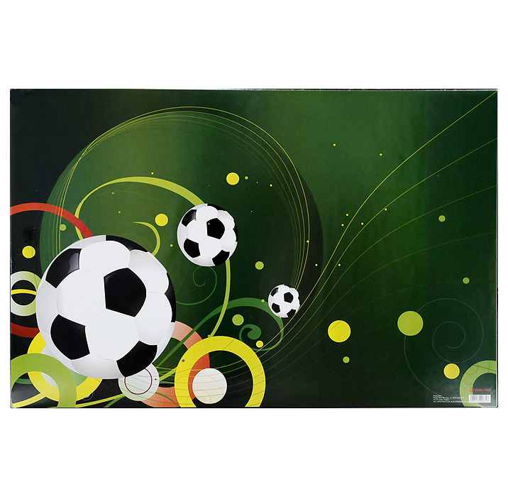 Коврик для письма Футбол не только обеспечит комфортную работу, но и предохранит поверхность рабочего стола от различных повреждений. Коврик выполнен из плотного материала и снабжен сбоку прозрачным кармашком для бумаг. Обложка оформлена изображением футбольных мячей.       Характеристики: Размер коврика: 66 см x 43 см.
