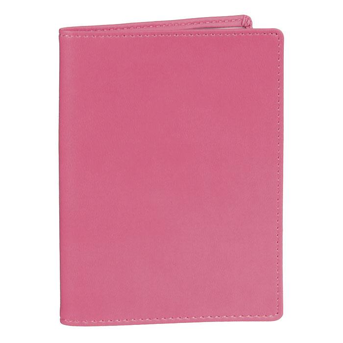 Обложка для паспорта Skiver, цвет: темно-розовый54019-1-7003D RedОбложка для паспорта Skiver не только поможет сохранить внешний вид ваших документов и защитить их от повреждений, но и станет стильным аксессуаром, идеально подходящим вашему образу. Обложка выполнена из высококачественной итальянской искусственной кожи с гладкой поверхностью. На внутреннем развороте обложки есть шесть карманов из прозрачного пластика.Такая обложка станет отличным подарком для человека, ценящего качественные и необычные вещи.Характеристики: Материал: искусственная кожа, пластик. Размер обложки: 9,5 см х 13,5 см. Цвет: темно-розовый. Размер упаковки: 10 см х 13,5 см х 1 см. Изготовитель: Финляндия. Артикул: 67903.