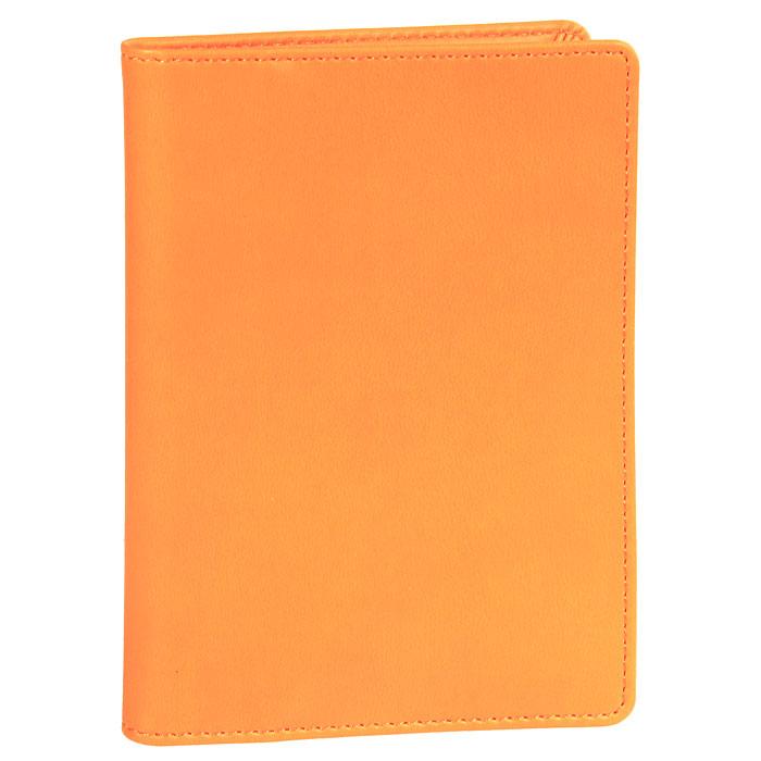 Обложка на автодокументы Skiver, цвет: оранжевыйCA-3505Обложка на автодокументы Skiver выполнена из высококачественной итальянской искусственной кожи с гладкой поверхностью. Внутри - отделение для купюр, пять прорезных карманов для кредитных карт, удобный блок для водительских документов из прозрачного пластика и три кармана для бумаг из прозрачного пластика.Такая обложка станет замечательным подарком человеку, ценящему качественные и практичные вещи. Характеристики: Материал: искусственная кожа, пластик. Размер обложки: 10 см х 13,8 см. Цвет: оранжевый. Размер упаковки: 10 см х 14 см х 1,5 см. Изготовитель: Финляндия. Артикул: 67936.