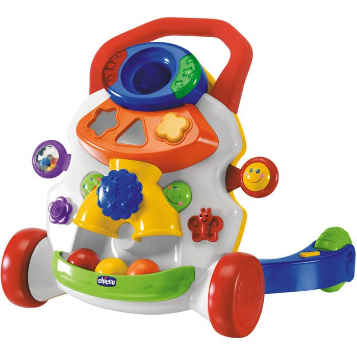 """Яркие ходунки-каталка """"Первые шаги в ритме музыки"""" с игровым центром помогут малышу быстрее научиться ходить и не позволят скучать во время отдыха, ведь они оснащены великолепным игровым центром на радость маленькому непоседе. Ходунки оснащены удобной ручкой, блокиратором задних колес и системой автоматического включения музыки: когда ребенок начинает шагать, раздается задорный твист, который прекращается, как только малыш останавливается. Ребенок понимает, что его движение является причиной активации музыки, поэтому он с еще большим энтузиазмом продолжает шагать. Игровой центр ходунков - это яркая игровая панель с огоньками, звуками и различными играми, которые стимулируют координацию движений малыша, зрительную и слуховую восприимчивость и способности к логической ассоциации. Здесь есть небольшое зеркальце, подвижный шарик, вращающаяся рукоятка и отверстия для шариков и формочек, которые опускаются по специальному каналу и попадают в специальный контейнер, расположенный внизу. Вся..."""
