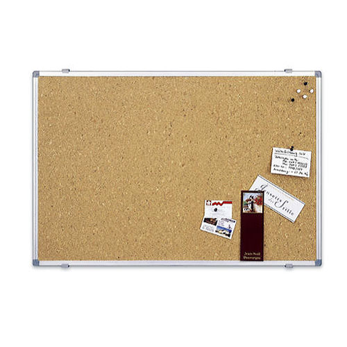 Доска пробковая Magnetoplan, с алюминиевой рамкой, 60 см х 45 смFS-00897Пробковая доска Magnetoplan предназначена дляразмещения наглядных материалов при проведении презентации, обучающего занятия или как удобное средство визуальных коммуникаций. Информацию можно крепить к доске при помощи силовых кнопок, гвоздиков, флажков. Поверхность, выполненная из высококачественной агломерированной пробки, легко восстанавливается после удаления кнопки, поэтому такие доски практичны и долговечны. Задняя сторона укреплена гальванизированным металлическим листом для придания необходимой жесткости и для защиты от деформации. Доска окантована рамкойиз анодированного алюминия серебристого цвета со скругленными пластиковыми углами. В комплект входят 4 силовых кнопки-гвоздика и крепеж для монтажа. Характеристики: Размер доски:60 см x 45 см. Изготовитель: Китай.