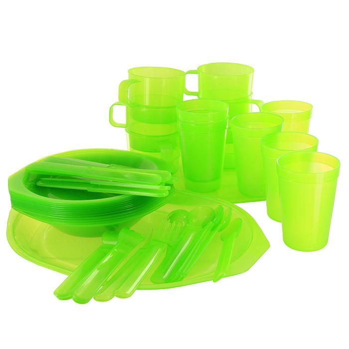 Набор для пикника Forester, 45 предметов1Набор для пикника Forester выполнен из пищевого пластика салатового цвета. Предназначен для сервировки стола на природе на шесть персон.Набор включает:тарелка глубокая - 6 шт;тарелка мелкая - 6 шт;кружка - 6 шт;стакан - 6 шт;вилка - 6 шт;ложка - 6 шт;нож сервировочный - 6 шт;разделочная доска - 1 шт;сервировочное блюдо - 1 шт. Набор упакован в удобный чехол из ПВХ, закрывающийся на кнопки. Характеристики: Материал: пластик. Внутренний диаметр глубокой тарелки: 16,5 см. Высота глубокой тарелки: 3,5 см. Внутренний диаметр мелкой тарелки: 16,5 см. Длина ножа: 18,5 см. Длина ложки: 17 см. Длина вилки: 17 см. Высота кружки: 6,5 см. Диаметр кружки по верхнему краю: 8 см. Диаметр основания кружки: 7 см. Высота стакана: 10 см. Диаметр стакана по верхнему краю: 7 см. Диаметр основания стакана: 5 см. Размер разделочной доски: 30 см х 24 см. Размер блюда: 32,5 см х 24 см. Изготовитель: Китай. Артикул: С813.
