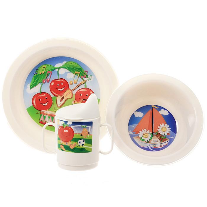 """Детский сервиз """"Cosmoplast"""" состоит из суповой тарелки, обеденной тарелки, чашки с двумя ручками и крышки, при помощи которой чашку можно сделать поильником. Все предметы набора изготовлены из высококачественного пищевого пластика по специальной технологии, которая гарантирует простоту ухода, прочность и безопасность изделий для детей. Предметы сервиза оформлены красочными рисунками, которые обязательно понравятся вашему малышу."""