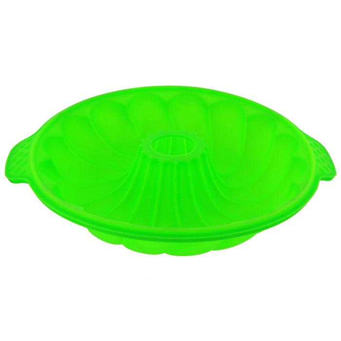 Форма для выпечки Marmiton Кекс, цвет: зеленый, диаметр 25 см16030Фигурная форма для выпечки Marmiton Кекс будет отличным выбором для всех любителей бисквитов и кексов. Благодаря тому, что форма изготовлена из силикона, готовый лед, выпечку или мармелад вынимать легко и просто.С такой формой вы всегда сможете порадовать своих близких оригинальной выпечкой. Материал устойчив к фруктовым кислотам, может быть использован в духовках, микроволновых печах и морозильных камерах (выдерживает температуру от 230°C до - 40°C). Можно мыть и сушить в посудомоечной машине.Диаметр формы по верхнему краю: 25 см.Общий размер формы (с учетом ручек): 29 см х 25 см х 5 см.
