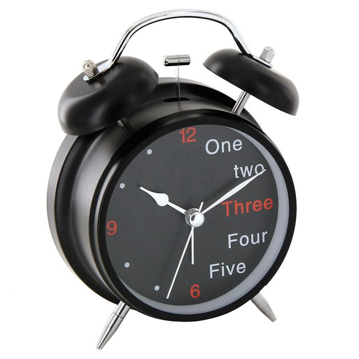 Часы-будильник Один, два, триAE1850/00Каждое утро вы боитесь проспать? Будьте абсолютно уверены в том, что с таким будильником вам точно не удастся снова уснуть! Теперь вы сможете просыпаться утром под звуки стильного классического будильника Один, два, три. Будильник черного цвета украсит вашу комнату и приведет в восхищение друзей. Половина цифр на циферблате заменена словами.Будильник работает от батареек. На задней панели будильника расположены переключатель включения/выключения механизма и два колесика для настройки текущего времени и времени звонка будильника. Характеристики: Размер будильника:11,5 см х 16 см х 5,5 см. Диаметр циферблата: 8,5 см. Цвет: черный. Материал:пластик, металл, стекло. Размер упаковки:11,5 см х 16,5 см х 6 см. Производитель:Китай. Артикул: 91862. Необходимо докупить 2 батареи напряжением 1,5V типа АА (не входят в комплект).
