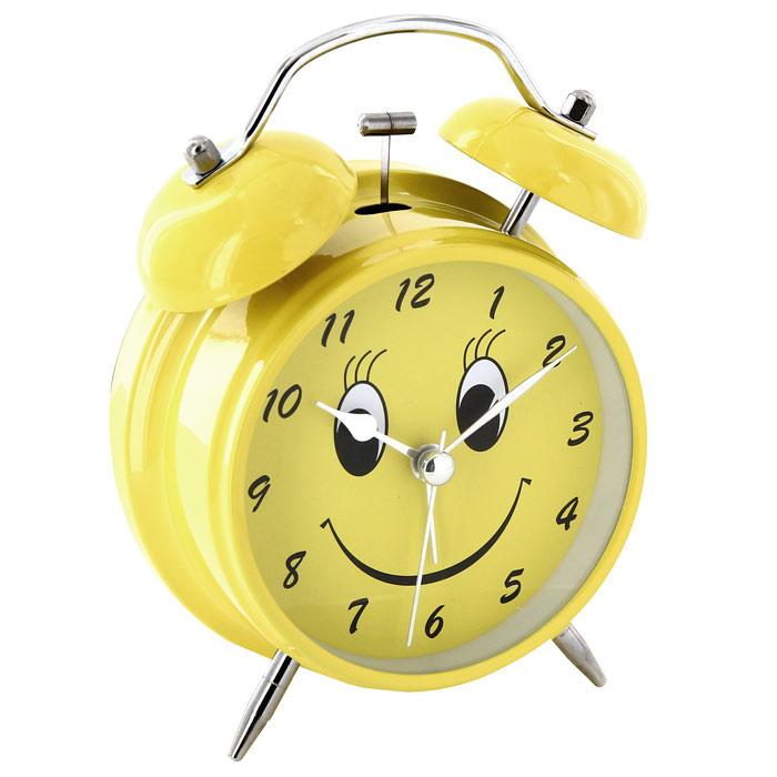 Часы-будильник Веселый, цвет: желтый127199_коралловыйКаждое утро вы боитесь проспать? Будьте абсолютно уверены в том, что с таким будильником вам точно не удастся снова уснуть! Теперь вы сможете просыпаться утром под звуки стильного классического будильника Веселый. Яркий желтый будильник украсит вашу комнату и приведет в восхищение друзей. Циферблат оформлен забавной мордочкой.Будильник работает от батареек. На задней панели будильника расположены переключатель включения/выключения механизма и два колесика для настройки текущего времени и времени звонка будильника. Для работы будильника необходимо докупить 1 батарейку напряжением 1,5V типа АА (не входит в комплект). Характеристики: Размер будильника:11,5 см х 16 см х 5,5 см. Диаметр циферблата: 8,5 см. Цвет: желтый. Материал:пластик, металл, стекло. Размер упаковки:11,5 см х 16,5 см х 6 см. Производитель:Китай. Артикул: 91863.