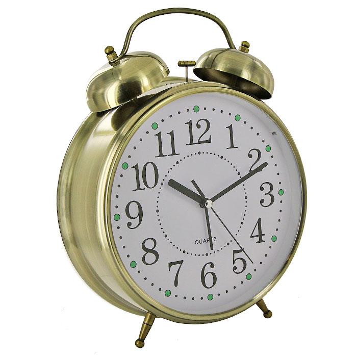 Часы-будильник Гигант, с подсветкой, цвет: бронзаMRC 4119 P schwarzКаждое утро вы боитесь проспать? Будьте абсолютно уверены в том, что с таким будильником вам точно не удастся снова уснуть! Теперь вы сможете просыпаться утром под звуки стильного классического будильника Гигант. Большого размера будильник украсит вашу комнату и приведет в восхищение друзей. Будильник работает от батареек. На задней панели будильника расположены переключатель включения/выключения механизма и два колесика для настройки текущего времени и времени звонка будильника. Будильник также оснащен подсветкой циферблата. Характеристики: Размер будильника:22 см х 30,5 см х 8 см. Диаметр циферблата: 19,5 см. Материал:пластик, металл, стекло. Размер упаковки:31 см х 24 см х 8,5 см. Производитель:Китай. Артикул: 92267. Необходимо докупить 3 батареи 1,5V типа AA (не входят в комплект).