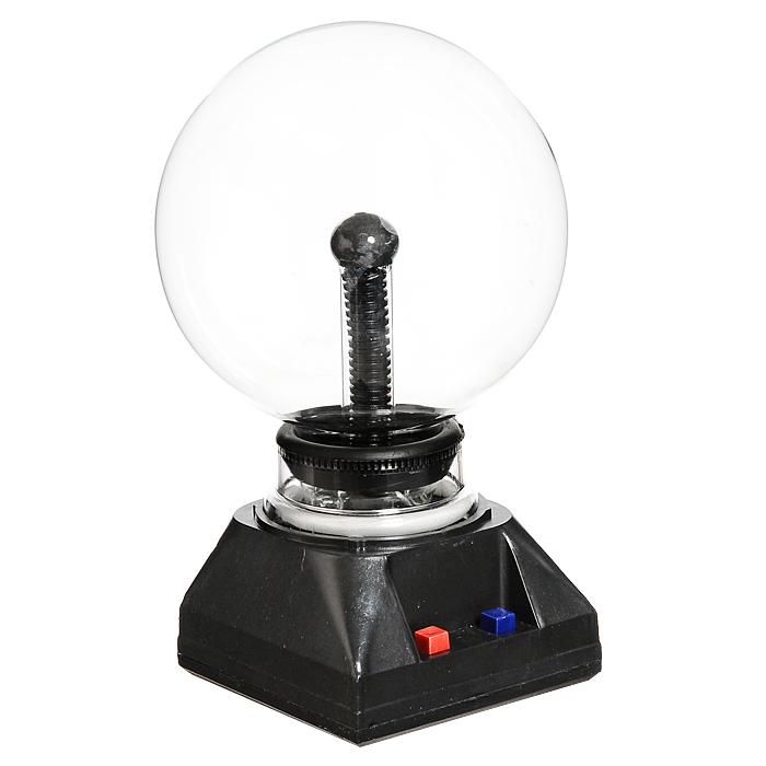 Светильник-плазма Шар. 91915A5213AP-1ABСветильник-плазма выполнен в виде стеклянного шара на подставке. Шар при включении создает внутри стеклянной сферы множество цветных молний. Молнии разбегаются во все стороны из центра, а если прикоснуться к поверхности шара пальцем, они сольются в один мощный поток. Также на подставке есть кнопка подзвучки. Светильник работает от электросети. Этот светильник-плазма Шар будет прекрасным дополнением к Вашему интерьеру, а так же может послужить замечательным подарком. Характеристики:Материал: пластик, стекло.Общая высота: 24 см. Диаметр шара: 13,5 см. Цвет подставки: черный. Артикул: 91915. Размер упаковки: 16,5 см х 25,5 см х 17 см. Изготовитель: Китай. УВАЖАЕМЫЕ КЛИЕНТЫ! Во избежание перегрева и для сохранения рабочих свойств светильника, рекомендуется его выключение после каждых двух-трех часов непрерывной работы.