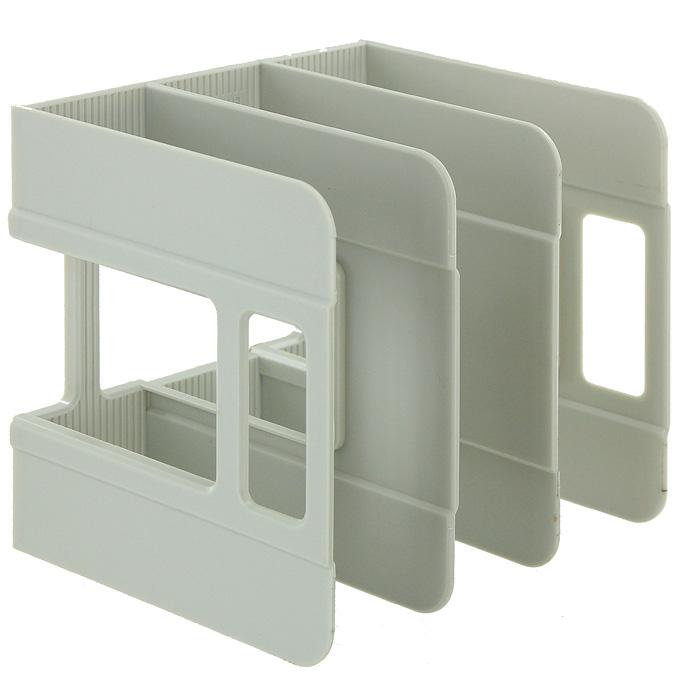 Подставка для бумаг вертикальная Erich Krause Techno, цвет: серый17668Классическая вертикальная подставка для бумаг Techno - незаменимый атрибут рабочего стола. Подставка выполнена из высококачественного серого пластика, имеет 3 отделения для хранения бумаг.С подставкой Techno ваши бумаги всегда будут у вас под рукой. Характеристики:Размер подставки: 18 см x 19 см x 18 см. Изготовитель: Россия.