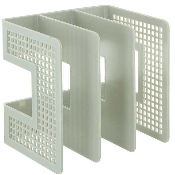 Подставка для бумаг вертикальная, цвет: серыйFS-54100Вертикальная подставка из высококачественного серого пластика имеет три отделения для хранения документов и рабочих бумаг.С такой подставкой бумаги всегда будут у вас под рукой. Характеристики:Размер: 21 см x 21 см x 16,5 см