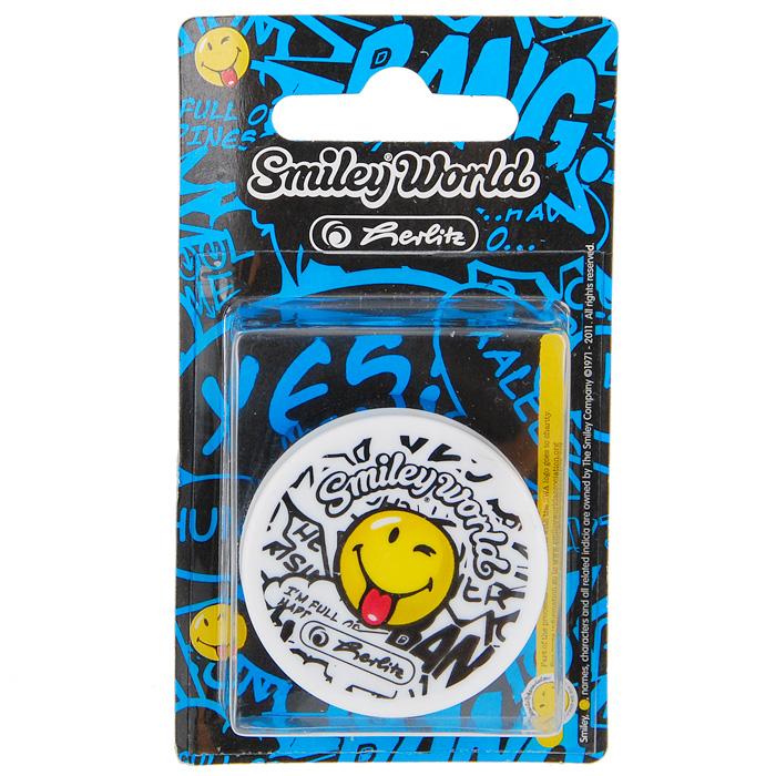 Точилка Smiley World750901/871Точилка Smiley World с озорным смайликом поднимет настроение любому, кто возьмет ее в руки.Карандаш затачиваетсялегко и аккуратно, а опилки после заточки остаются в специальном контейнере.Характеристики:Материал: пластик, металл. Размер точилки: 4,5 см х 4,5 см х 2 см. Размер упаковки: 11 см х 6 см х 2 см.