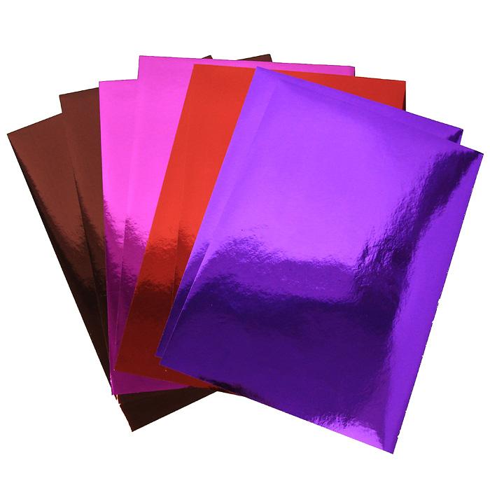 """Набор цветной металлизированной самоклеющейся бумаги """"Fancy"""" прекрасно подходит для изготовления эксклюзивных подарков, открыток и многого другого. Детали, вырезанные из такой бумаги, эффектно смотрятся на открытках, аппликациях и других всевозможных поделках. В набор входит металлизированная бумага фиолетового, красного, коричневого и розового цветов. Работа с набором развивает мелкую моторику, усидчивость и формирует художественный вкус."""
