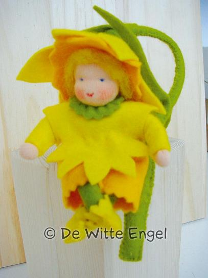 Набор для изготовления вальдорфской игрушки Нарцисс, 12 см набор для изготовления вальдорфской игрушки мальчик на жирафе 30 см