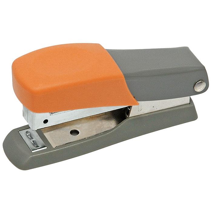 Мини-степлер Fusion, для скоб № 10, цвет: серый, оранжевыйC13S041944Степлер можно найти практически в каждом офисе и доме. Мини-степлер Fusion с вертикальной загрузкой скоб прошивает до 10 листов бумаги. Эргономичный корпус выполнен из пластика с резиновой накладкой для удобного применения. Мини-степлер Fusion вмещает до 50 скоб размером №10. Характеристики: Размер степлера: 8 см х 2,5 см х 4 см. Материал:пластик, металл, резина. Размер упаковки: 8 см х 2,5 см х 4 см.