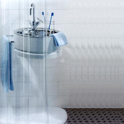 Штора Transparent clear, 180 х 200 см391602Штора для ванной комнаты Transparent clear изготовлена из прозрачного ПВХ без рисунка. В верхней кромке шторы сделаны отверстия для колец. Штору можно стирать в стиральной машине.Характеристики: Материал: полихлорвинил. Размер шторы (Ш х В): 180 см х 200 см. Производитель: Швейцария. Артикул: 1018732.