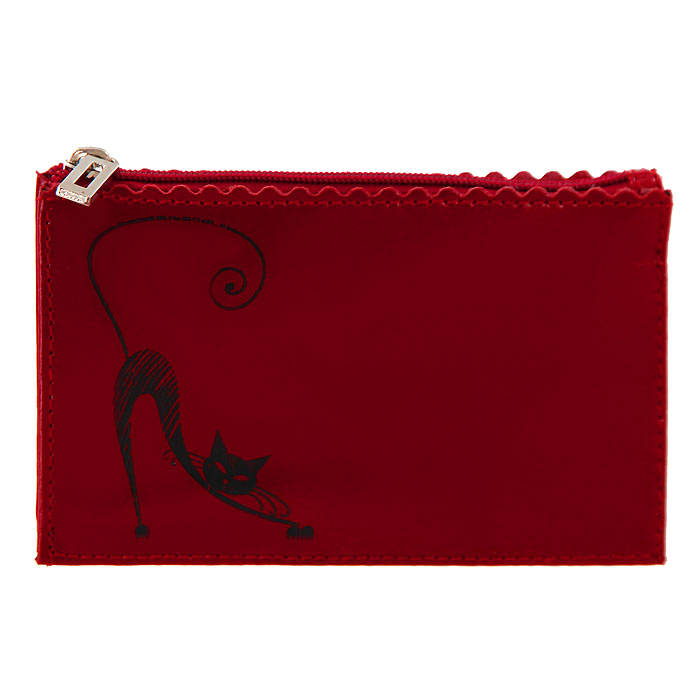 Ключница Befler, цвет: красный. KL.24.-1Серьги с подвескамиКомпактная ключница Befler - стильная вещь для хранения ключей. Ключница, закрывающаяся на застежку-молнию, выполнена из натуральной глянцевой кожи и оформлена декоративным тиснением в виде кошечки. Внутри ключницы на шнурке крепится металлическое кольцо для ключей. Ключница упакована в фирменную коробку с логотипом. Этот аксессуар станет замечательным подарком человеку, ценящему качественные и практичные вещи.Характеристики: Цвет: красный.Материал:натуральная кожа, металл.Размер: 13 см х 8 см х 1 см.Размер упаковки: 10,5 см х 14,5 см х 1,3 см.Производитель: Россия. Артикул:KL.24.-1.