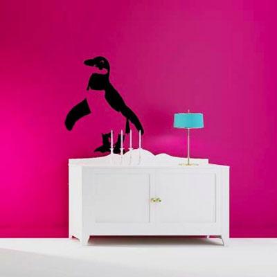 Стикер Paristic Пингвин, цве: черный, 29 х 36 см2DN-WM-2SPСтикер Paristic Пингвин - это уникальная возможность создать неповторимый индивидуальный облик интерьера вашего дома. Стикер, изображающий пингвина, выполнен из матового винила - тонкого эластичного материала, который хорошо прилегает к любым гладким и чистым поверхностям, легко моется и держится до семи лет, при снятии не оставляет следов. Такой оригинальный элемент декора придаст интерьеру креативность и новое настроение и станет великолепным украшением, притягивающим заинтересованные взгляды окружающих.В комплекте со стикером предусмотрена подробная инструкция по наклеиванию (на русском языке). Характеристики: Материал:винил. Цвет:черный. Размер стикера (В х Ш): 36 см х 29 см. Размер упаковки: 48,5 см х 35 см.Производитель: Франция. Paristic - это стикеры высокого качества. Художественно выполненные стикеры, создающие эффект обмана зрения, дают необычную возможность использовать в своем интерьере элементы городского пейзажа. Продукция представлена широким ассортиментом - в зависимости от формы выбранного рисунка и от Ваших предпочтений стикеры могут иметь разный размер и разный цвет (12 вариантов помимо классического черного и белого). В коллекции Paristic - авторские работы от урбанистических зарисовок и узнаваемых парижских мотивов до природных и графических объектов. Идеи французских дизайнеров украсят любой интерьер: Paristic -это простой и оригинальный способ создать уникальную атмосферу как в современной гостиной и детской комнате, так и в офисе.В настоящее время производство стикеров Paristic ведется в России при строгом соблюдении качества продукции и по оригинальному французскому дизайну.