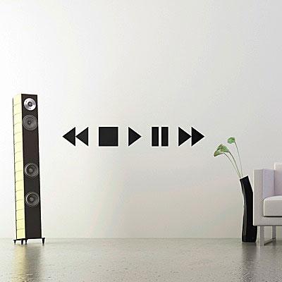 Стикер Paristic Stop Play Pause, цвет: черный, 15 х 110 см94672Стикер Paristic Stop Play Pause - это уникальная возможность создать неповторимый индивидуальный облик интерьера вашего дома. Стикер, изображающий кнопки прокрутки звука на аудиосистеме, выполнен из матового винила - тонкого эластичного материала, который хорошо прилегает к любым гладким и чистым поверхностям, легко моется и держится до семи лет, при снятии не оставляет следов. Такой оригинальный элемент декора придаст интерьеру креативность и новое настроение и станет великолепным украшением, притягивающим заинтересованные взгляды окружающих.В комплекте со стикером предусмотрена подробная инструкция по наклеиванию (на русском языке). Характеристики: Материал:винил. Цвет:черный. Размер стикера (В х Ш): 15 см х 110 см. Размер упаковки: 48,5 см х 35 см.Производитель: Франция. Paristic - это стикеры высокого качества. Художественно выполненные стикеры, создающие эффект обмана зрения, дают необычную возможность использовать в своем интерьере элементы городского пейзажа. Продукция представлена широким ассортиментом - в зависимости от формы выбранного рисунка и от Ваших предпочтений стикеры могут иметь разный размер и разный цвет (12 вариантов помимо классического черного и белого). В коллекции Paristic - авторские работы от урбанистических зарисовок и узнаваемых парижских мотивов до природных и графических объектов. Идеи французских дизайнеров украсят любой интерьер: Paristic -это простой и оригинальный способ создать уникальную атмосферу как в современной гостиной и детской комнате, так и в офисе.В настоящее время производство стикеров Paristic ведется в России при строгом соблюдении качества продукции и по оригинальному французскому дизайну.