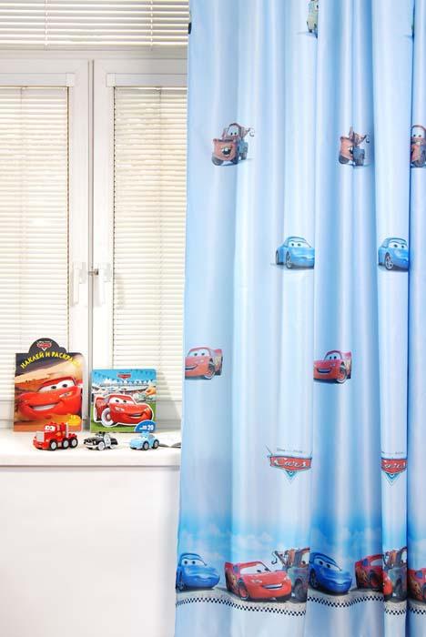Портьера ТАС Cars, цвет: голубой, 200 х 265 смS03301004Портьера TAC Cars изготовлена из полиэстера голубого цвета и шита на универсальной шторной ленте.Портьера TAC Cars осуществит заветную мечту вашего ребенка окунуться в волшебный мир сказок, а любимые персонажи создадут атмосферу уюта для вашего малыша. За основу оформления портьеры взяты главные герои из мультфильма Тачки.Полиэстер - вид ткани, состоящий из полиэфирных волокон. Ткани из полиэстера - легкие, прочные и износостойкие. Такие изделия не требуют специального ухода, не пылятся и почти не мнутся. Характеристики: Материал: 100% полиэфир. Цвет: голубой. Размер (Ш х В): 200 см х 265 см. Комплектация: 1 шт.Изготовитель: Россия. Артикул: GS0771B.УВАЖАЕМЫЕ КЛИЕНТЫ!Обращаем ваше внимание на цвет изделия. Цветовой вариант комплекта, данного в интерьере, служит для визуального восприятия товара. Цветовая гамма данного комплекта представлена на отдельном изображении фрагментом ткани портьеры.