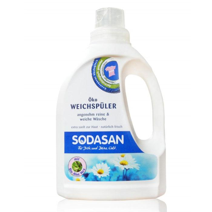 Смягчитель тканей Sodasan для быстрой глажки, 750 мл1606Смягчитель тканей Sodasan делает вещи необыкновенно мягкими и приятными на ощупь.Способствует полному удалению остатков средств для стирки при полоскании. Экономный в использовании, достаточно всего 40 мл смягчителя для достижения необходимого результата.После его использования вещи легко и быстро гладятся и меньше мнутся. Характеристики:Объем: 750 мл. Артикул:1606. Товар сертифицирован.Уважаемые клиенты!Обращаем ваше внимание на возможные изменения в дизайне упаковки. Качественные характеристики товара остаются неизменными. Поставка осуществляется в зависимости от наличия на складе.