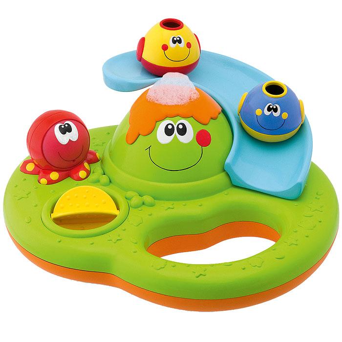 """Игровой центр для ванной Chicco """"Остров пузырьков"""" станет прекрасным развлечением для малыша во время купания. Игрушка обладает массой развлекательных возможностей: горка для двух рыбок, водяное колесо и волшебные мыльные пузырьки, вырывающиеся из жерла вулкана при нажатии на осьминога. Игрушка выполнена из ударопрочного цветного пластика и снабжена удобной ручкой-держателем, которая подойдет даже для шестимесячного малыша. С такой игрушкой процесс купания превратится в веселую и увлекательную игру! Chicco - один из лидеров продаж товаров для детей в Европе. В ассортименте компании представлены игрушки для самых маленьких, товары для новорожденных, одежда для детей, автокресла, коляски, кроватки, средства для ухода за ребенком и многое другое. При производстве продукции особое внимание уделяется качеству исходных материалов."""