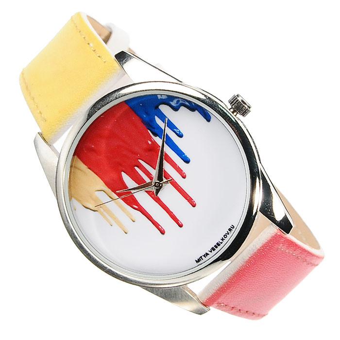 Часы Mitya Veselkov Гуашь на белом. ART-13EQW-M710DB-1A1Наручные дизайнерские часы Mitya Veselkov Гуашь на белом ручной сборки созданы для современных людей. Часы оснащены японским кварцевым механизмом. Ремешок выполнен из натуральной кожи с лазерным нанесением цвета, повторяющим цвет принта циферблата, корпус изготовлен из металлического сплава с PVD покрытием. Циферблат декорирован изображением растекающейся краски и защищен минеральным стеклом. Часы размещаются на специальной подушечке и упакованы в фирменный стакан Mitya Veselkov. Характеристики: Материал: натуральная кожа, сплав металла. Стекло: минеральное. Механизм: Citizen. Длина ремешка (с корпусом): 23,5 см. Ширина ремешка: 2 см. Диаметр корпуса: 3,7 см. Размер упаковки: 8,5 см х 8,5 см х 6,5 см. Артикул: ART-13. Производитель: Россия. Идея компании Mitya Veselkov возникла совершенно случайно. Просто один творческий человек и талантливый организатор решил делать людям необычные часы. Затем родилась идея открыть магазин и дать другим людям возможность приобретения этого красивого продукта. Теперь Mitya Veselkov - перспективный коммерческий проект, создающий не только часы, но и сумки, подушки, футболки и даже запонки. Часы, вещи и сувениры от Mitya Veselkov - это вещи с изюминкой, которые ценны своим оригинальным дизайном.