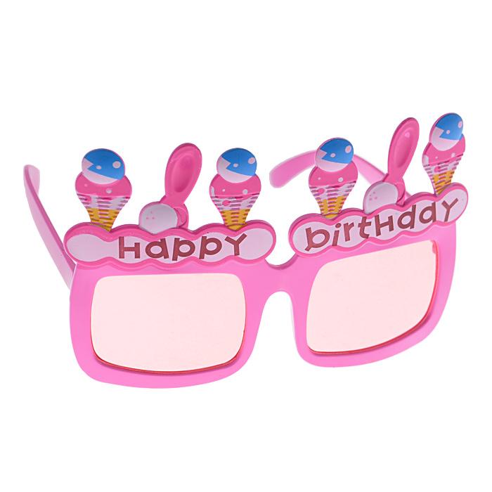 """Карнавальные очки """"Мороженое"""", выполненные из пластика, розового цвета, оформленные фигурками мороженого и надписью """"Happy Birthday"""", отлично дополнят ваш маскарадный костюм. Очки предназначены для быстрого и необременительного перевоплощения. Сделайте свой праздник веселым и ярким!"""