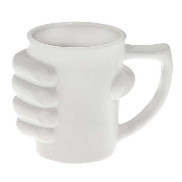 Кружка керамическая Рука, цвет: белый54 009312Кружка Рука, выполненная из высококачественной керамики, станет отличным подарком для человека, ценящего забавные и практичные подарки. Кружка белого цвета декорирована кистью руки, сжимающей ее. Такой подарок станет не только приятным, но и практичным сувениром: кружка станет незаменимым атрибутом чаепития, а оригинальный дизайн вызовет улыбку. Характеристики:Материал:керамика. Высота кружки:11,5 см. Диаметр по верхнему краю:9 см. Размер упаковки:14 см х 11,5 см х 10 см. Артикул: 93480.
