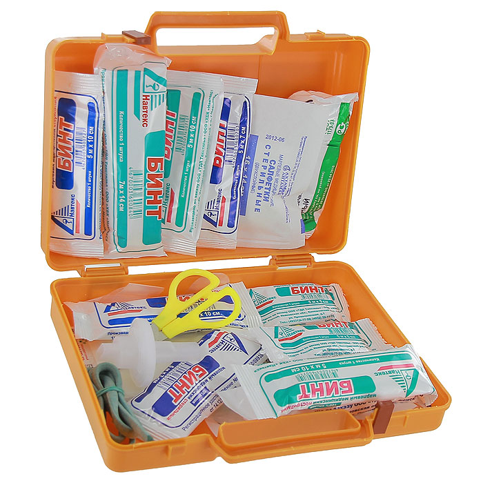 Аптечка автомобильная Airline AM-02, в пластиковом кейсе300159Автомобильная аптечка Airline AM-02 в легком ударопрочном пластиковом футляре с удобной ручкой и надежным замком.1.Жгут кровоостанавливающий 1 шт.2.Бинт марлевый медицинский нестерильный 5м х 5см 2 шт.3.Бинт марлевый медицинский нестерильный 5м х 10 см 2 шт.4.Бинт марлевый медицинский нестерильный 7м х 14 см 1 шт.5.Бинт марлевый медицинский стерильный 5м х 7см 2 шт.6.Бинт марлевый медицинский стерильный 5м х 10см 2 шт.7.Бинт марлевый медицинский стерильный 7м х 14см 1 шт.8.Пакет перевязочный стерильный 1 шт.9.Салфетки марлевые медицинские стерильные не менее 16 х 14 см № 10 1уп.10.Лейкопластырь бактерицидный, не менее 4 см х 10 см 2 шт.11.Лейкопластырь бактерицидный, не менее 1,9 см х 7,2 см 10 шт.12.Лейкопластырь рулонный, не менее 1см х 250 см 1 шт.13.Устройство для проведения искусственного дыхания Рот-Устройство-Рот 1 шт.14.Ножницы 1 шт.15.Перчатки нестерильные размер не менее М 1 параВся продукция изготовлена в соответствии с Приказом Минздравсоцразвития РФ №697н от 08.09.2009 г.