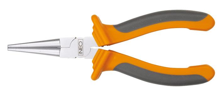 Круглогубцы Neo, 160 мм2706 (ПО)Круглогубцы Neo предназначены для работы с мелкими деталями при слесарных и монтажных работах, а также для фигурного выгибания проволоки. Инструмент выполнен из хромированной стали и имеет прорезиненные рукоятки, которые обеспечивают удобную работу. Характеристики: Материал:хром-ванадиевая сталь, резина. Общая длина:17 см. Размер плоскогубцев: 17 см х 6 см х 3 см. Размер упаковки: 21 см х 8,5 см х 3 см.