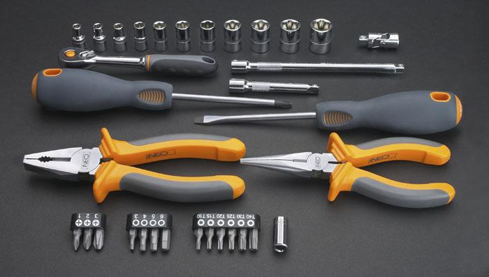Набор инструментов Neo, 33 штFS-80423Набор инструментов Neo предназначен для монтажа и демонтажа резьбовых соединений.Это необходимый предмет в каждом доме, набор станет незаменимым в вашем хозяйстве.Такой набор будет идеальным подарком мужчине.В состав набора входит:Плоскогубцы комбинированные: 16 см.Плоскогубцы удлиненные: 16 см.Отвертка шлицевая: 6,5 х 100 мм.Отвертка крестовая: РН2 х 100 мм.Трещотка 1/4.Головки: 5 мм, 5,5 мм, 6 мм, 7 мм, 8 мм, 9 мм, 10 мм, 11 мм, 12 мм, 13 мм, 14 мм.Удлинитель 1/4: 15 см.Держатель для бит.Шарнир универсальный.Биты крестовые: РН1, РН2, РН3.Биты шестиугольные: 3 мм, 4 мм, 5 мм, 6 мм.Биты шестигранные:Т10, Т15, Т20, Т25, Т30, Т40.Пластиковый кейс. Характеристики: Материал: пластик, хром-ванадий. Длина трещотки: 12,5 см. Длина плоскогубцев удлиненных: 16 см. Длина плоскогубцев комбинированных: 16 см. Длина отверток: 22 см. Размеры кейса:34 см х 19 см х 6 см. Размеры упаковки:34 см х 19 см х 6 см.