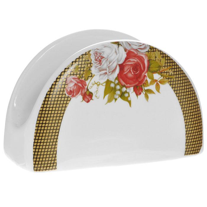 Салфетница Галерея роз, цвет: белый860027Салфетница Галерея роз, выполненная из высококачественного фарфора, оформлена изображением букета роз и желтым орнаментом в клеточку. Такая салфетница прекрасно подойдет для вашей кухни и великолепно украсит стол. Оригинальная салфетница Галерея роз станет отличным подарком для друзей и близких. Характеристики:Материал: фарфор. Цвет: белый. Размер: 10,5 см х 6,5 см х 4,5 см. Размер упаковки: 11 см х 5 см х 7 см. Артикул: 222161C.