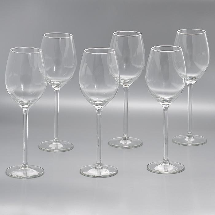 Набор бокалов Allure, 320 мл, 6 штVT-1520(SR)Набор Allure, изготовленный из высококачественного стекла, состоит из шести бокалов на высоких ножках. Бокалы предназначены для подачи напитков. Они сочетают в себе элегантный дизайн и функциональность. Благодаря такому набору пить напитки будет еще вкуснее.Набор бокалов Allure идеально подойдет для сервировки стола и станет отличным подарком к любому празднику. Характеристики:Материал: стекло. Диаметр бокала по верхнему краю:5,5 см. Диаметр основания бокала:7,5 см. Высота бокала:23 см. Объем бокала:320 мл. Комплектация:6 шт. Размер упаковки: 23,5 см х 16 см х 23,5 см. Артикул: Гл 450033.
