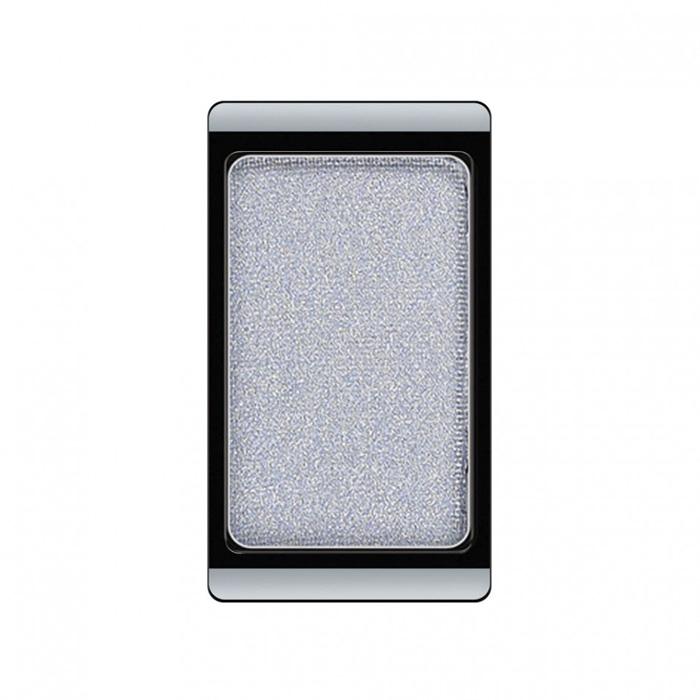 Artdeco Тени для век, перламутровые, 1 цвет, тон №74, 0,8 г5010777139655Перламутровые тени для век Artdeco придадут вашему взгляду выразительную глубину. Их отличает высокая стойкость и невероятно легкое нанесение. Это профессиональный продукт для несравненного результата! Упаковка на магнитах позволяет комбинировать тени по вашему выбору в элегантные коробочки. Тени Artdeco дарят возможность почувствовать себя своим собственным художником по макияжу!Характеристики:Вес: 0,8 г. Тон: №74. Производитель: Германия. Артикул: 30.74. Товар сертифицирован.