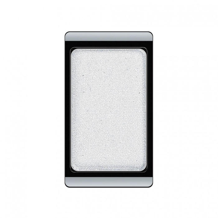 Artdeco Тени для век, перламутровые, 1 цвет, тон №71, 0,8 гSC-FM20104Перламутровые тени для век Artdeco придадут вашему взгляду выразительную глубину. Их отличает высокая стойкость и невероятно легкое нанесение. Это профессиональный продукт для несравненного результата! Упаковка на магнитах позволяет комбинировать тени по вашему выбору в элегантные коробочки. Тени Artdeco дарят возможность почувствовать себя своим собственным художником по макияжу! Характеристики:Вес: 0,8 г. Тон: №71. Производитель: Германия. Артикул: 30.71. Товар сертифицирован.