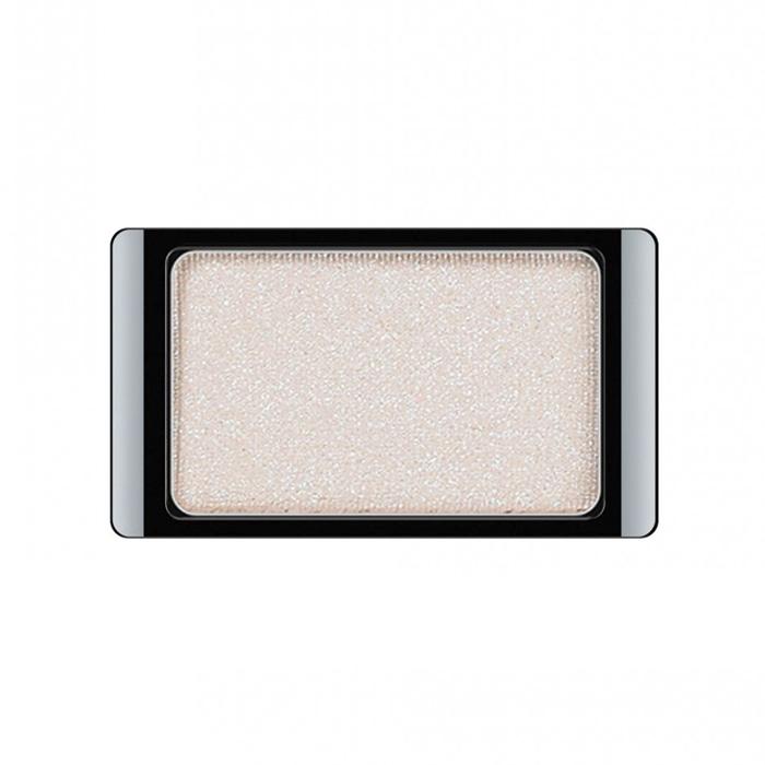Artdeco Тени для век, с блестками, 1 цвет, тон №372, 0,8 г28032022Тени для век Artdeco с блестками - шелковистые мягкие тени с мерцающим блеском, придадут вашему макияжу шик и роскошь. Подобранные в изящные магнитные палитры они придадут обворожительное сияние любому вашему событию!Характеристики:Вес: 0,8 г. Тон: №372. Производитель: Германия. Артикул: 30.372. Товар сертифицирован.