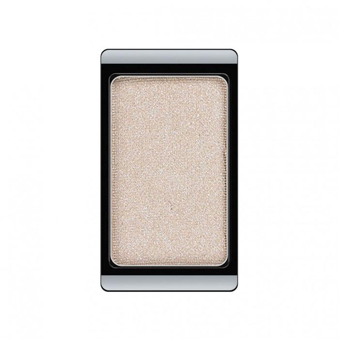 Artdeco Тени для век, перламутровые, 1 цвет, тон №29, 0,8 г5010777139655Перламутровые тени для век Artdeco придадут вашему взгляду выразительную глубину. Их отличает высокая стойкость и невероятно легкое нанесение. Это профессиональный продукт для несравненного результата! Упаковка на магнитах позволяет комбинировать тени по вашему выбору в элегантные коробочки. Тени Artdeco дарят возможность почувствовать себя своим собственным художником по макияжу!Характеристики:Вес: 0,8 г. Тон: №29. Производитель: Германия. Артикул: 30.29. Товар сертифицирован.