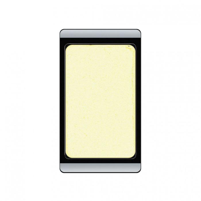 Artdeco Тени для век, перламутровые, 1 цвет, тон №44, 0,8 г41124Перламутровые тени для век Artdeco придадут вашему взгляду выразительную глубину. Их отличает высокая стойкость и невероятно легкое нанесение. Это профессиональный продукт для несравненного результата! Упаковка на магнитах позволяет комбинировать тени по вашему выбору в элегантные коробочки. Тени Artdeco дарят возможность почувствовать себя своим собственным художником по макияжу! Характеристики:Вес: 0,8 г. Тон: №44. Производитель: Германия. Артикул: 30.44. Товар сертифицирован.