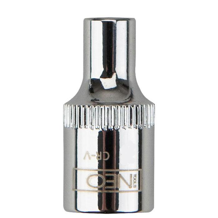 Головка торцевая Neo 1/4, 5 мм2706 (ПО)Головка торцевая Neo применяется для монтажа/демлнтажа резьбовых соединений. Станет отличным помощником монтажнику или владельцу авто. Этот инструмент обеспечит надежную фиксацию на гранях крепежа. Характеристики: Материал: хром-ванадий. Диаметр головки:5 мм. Размер переходника: 1/4. Размер упаковки:8,5 см х 4,5 см х 1 см.