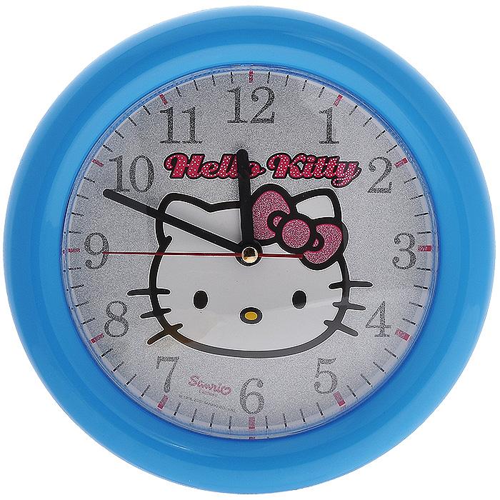 Часы настенные Hello Kitty, цвет: голубой. Диаметр 25 см2706 (ПО)Яркие настенные часы Hello Kitty с надежным кварцевым механизмом - это не только функциональное устройство, но и оригинальный элемент декора, который великолепно впишется в интерьер детской комнаты. Круглые пластиковые часы имеют три стрелки: часовую, минутную и секундную, их циферблат оформлен изображением очаровательной и всеми любимой кошечкой Китти и надписью Hello Kitty.Корпус часов выполнен в голубом цвете и украшен блестками. Характеристики:Материал: пластик, металл. Диаметр циферблата: 19 см. Размер часов: 25,5 см х 25,5 см x 4 см. Размер упаковки: 25,5 см х 30,5 см х 4,5 см. Изготовитель: Россия. Необходимо докупить 1 батарею напряжением 1,5V типа AA (не входит в комплект).