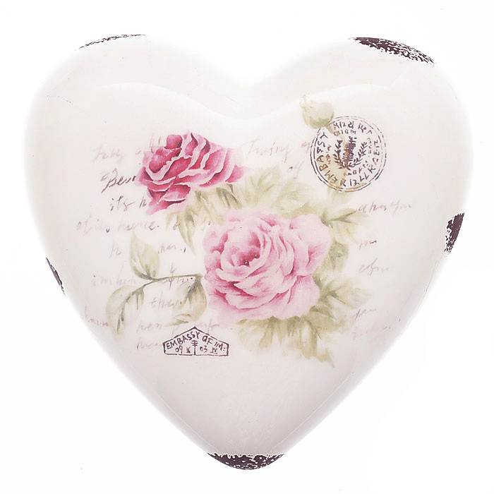 Декоративная фигурка Сердце. 2726825051 7_зеленыйДекоративная фигурка, выполненная из керамики в форме сердца, станет отличным дополнением к интерьеру. Фигурка оформлена изображением роз, надписями и декоративными потертостями. Вы можете поставить фигурку в любом месте, где она будет удачно смотреться и радовать глаз. Кроме того, сердце станет чудесным сувениром для ваших друзей и близких. Характеристики:Материал:керамика. Размер фигурки: 13 см х 13 см х 4,5 см. Артикул: 27268.