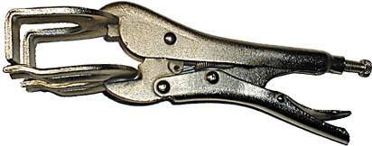 Плоскогубцы сварщика FIT с фиксатором, 225 мм2706 (ПО)Плоскогубцы сварщика FIT с фиксатором тип W обеспечивают надежную фиксацию обрабатываемых деталей. Стальная конструкция имеет никелированное покрытие, что обеспечивает надежность и долговечность. Инструмент обладает высокой прочностью, даже при высоких нагрузках исключена деформация. Характеристики: Материал: сталь, никелированное покрытие. Размер: 22,5 см х 7 см х 7 см. Размер упаковки: 30 см х 12 см х 7 см.