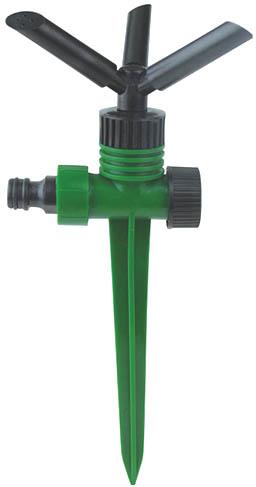 Распылитель круговой на пике FIT, 3 сопла. 77343787502Круговой распылитель FIT применяется для стационарного орошения насаждений на садовом и дачном участке. Крепится к шлангу при помощи соединителя. Распылитель имеет 3 распылительных сопла, вращающихся на прочных пластиковых кронштейнах. Поворотом сопел можно изменять площадь полива. Предусмотрены соединительные гнезда для возможности подключения распылителя в цепочку других опрыскивателей - для полива больших территорий. Надежно фиксируется в почве с помощью пластиковой пики. Он выполнен из высокопрочного пластика и имеет длительный срок эксплуатации. Характеристики: Материал: пластик. Размеры коронки: 26 см x 10,5 см x 10 см. Размер упаковки: 27 см x 15 см x 11 см.