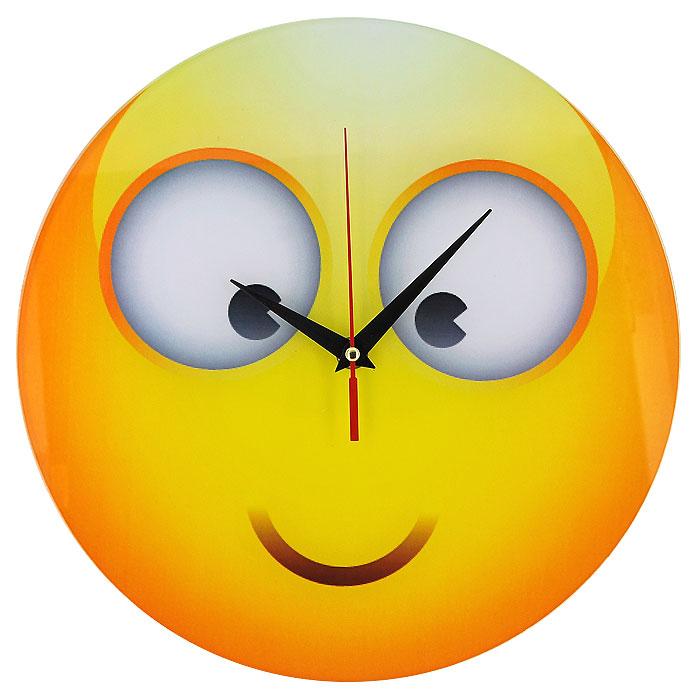 Часы настенные Смайл, кварцевые. 94402300194_сиреневый/грушаНастенные кварцевые часы Смайл своим необычным дизайном подчеркнут стильность и оригинальность интерьера вашего дома. Циферблат часов круглой формы выполнен из стекла и оформлен изображением смайлика. Часы имеют три стрелки - часовую, минутную и секундную. На задней стенке часов расположена металлическая петелька для подвешивания.Такие часы послужат отличным подарком для ценителя ярких и необычных вещей. Характеристики:Материал: стекло, металл. Диаметр корпуса часов:28 см. Размер упаковки:29,5 см х 29 см х 4,5 см. Артикул:94402. Рекомендуется докупить батарейку типа АА (не входит в комплект).